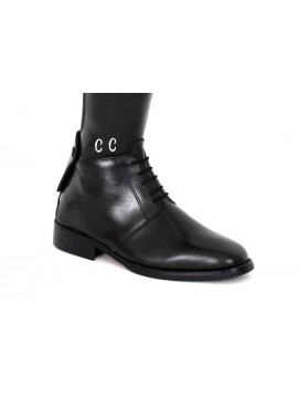 Personalising: initials on boot ankle