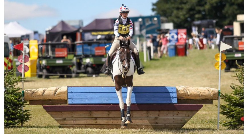 Abby Jones joins HantonCavalier's stable